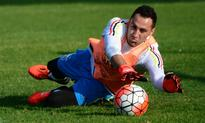 Wenger hints at identity of goalkeeper that could replace Petr Cech