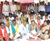 All party dharna against death of Dalit youth
