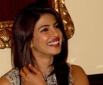 Prakash Jha, Manav Kaul imitate Priyanka Chopra on dubsmash