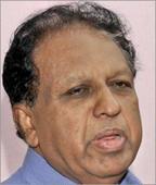 Sreenivasan to lodge complaint; Kadakampally apologizes