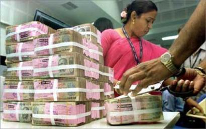 RK Nagar bypoll: Unaccounted money worth Rs 12 lakh seized