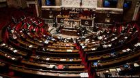 French lawmakers vote for lifting EU sanctions against Russia