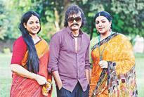 Shonar Pakhi Rupar Pakhi in the making