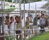 PNG to close immigration camp for Australia