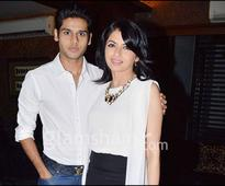 Bhagyashree's son Abhimanyu to make his Bollywood debut with this director - News