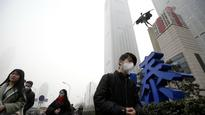 Residents in China's north complain as smog alert enters fifth day