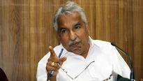 CM trying to hide administrative failure through Solar case, alleges Oommen Chandy