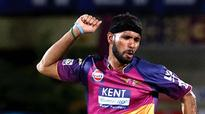 IPL 9: Dinda, Zampa keep Delhi Daredevils at bay