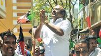 Former Speaker Jayakumar booked for offering cash