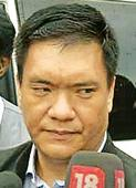 Arunachal sees new sonrise after Congress Pul-ls in rebel party