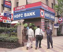 HDFC Bank issues 300,000 instant credit cards within a year