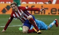 Torres nets 100th Atletico goal in 3-1 win over Eibar (Reuters)