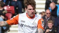 Luton sign defender Rea from Brighton
