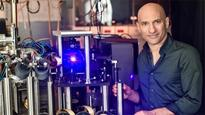 Israeli Researcher Jeff Steinhauer finds evidence that black holes radiate