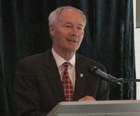 Gov. Hutchinson announces partnership