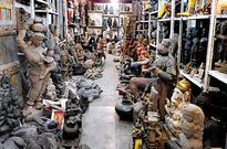 Spot the coolest steals in Chor Bazar
