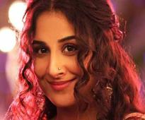 Vidya pays tribute to Sridevi with her version of Hawa Hawai
