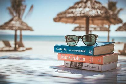 5 cool jobs for people who love to read