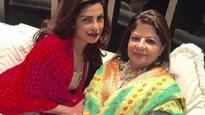 Priyanka Chopra celebrates 'Padma Shri' with mother Madhu Chopra : January 26, 2016, 3:42 pm
