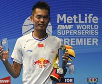 Chinas Lin Dan Beats Lee Chong Wei to Lift Malaysia Open Title