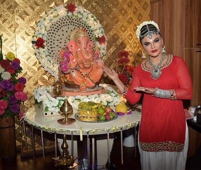 PIX: Tamannaah, Tiger, Govinda welcome Lord Ganesha