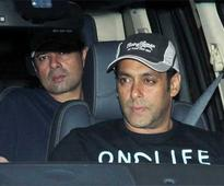 Snapshot: A day before Sanjay Dutt surrenders, Salman pays him a visit