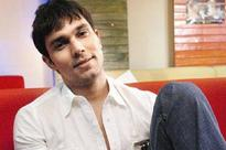 Randeep Hooda chained himself for 'Sarbjit'