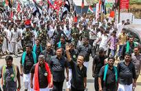 Sea of black as Modi visits Chennai