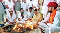 Rajasthan CM Vasundhara Raje visits Bhilwara to woo Gurjars