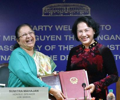 India, Vietnam sign nuclear-pact, 3 other agreements