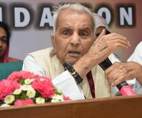 Rajinder Sachar, who led panel on condition of Muslims in India, dies at 94