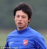 Arsenal to sign Japanese prospect Takuma Asano as Arsene Wenger continues striker search after missing out on Jamie Vardy
