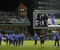Record-breaking Alex Hales leads England to 444, ODI series win over Pakistan