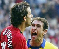 Man United legend Ruud van Nistelrooy mocks Martin Keown's intelligence - you can guess why
