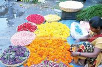 Flower markets do good business. 1 kg of Arali costs Rs 600