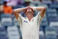 Cricket-NZ paceman Henry replaces Bracewell for second test