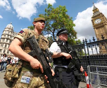 UK police make 8 arrests in Manchester bombing case