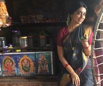 Shriya Saran's look in Simbu's 'AAA' revealed [Photos]