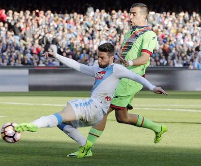 Euro football: Roma and Napoli win 3-0; PSG beat Lorient