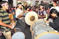 Beat of dhol resounds at youth fests