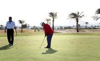King tours Sharm el-Sheikh, hails tourism milestones