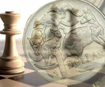 Forecasting the Australian Dollar on Domestic Fundamentals a 'Fools Errand' say HSBC + NAB