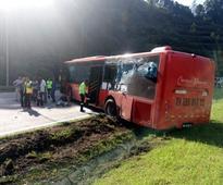 Two injured in bus, trailer accident along Karak Highway [VIDEO]