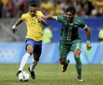 Soccer: Stop booing or risk losing top players - Brazil coach