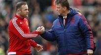 Man Utd news: Louis van Gaal dismisses Wayne Rooney's suggestion that team is playing with more freedom