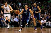 Lin carries Hornets to win over Boston