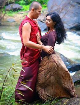 Edavappathi, Shikhamani: Which film will you watch?