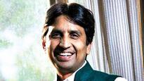 Sidelined by Kejri, Kumar Vishwas says he is the 'youngest Advani'