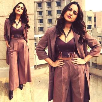 #StyleDiaries: When Rakhi did a Bappi Lahiri
