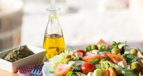 Mediterranean diet significantly reduces the risk of breast cancer, diabetes and heart disease